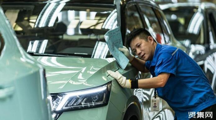 首批五菱星辰量产车下线 不日将上市开售