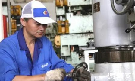 """汽车维修专业学生""""工匠精神""""的培育目标、路径及具体措施"""