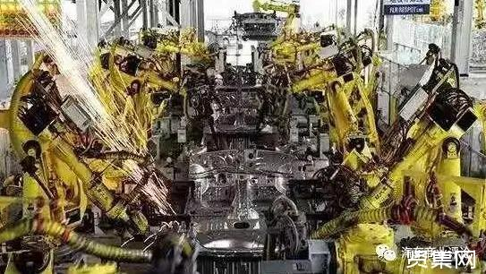 被催熟的市场,新能源汽车单月渗透率接近15%这个转折点