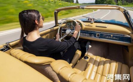新梅赛德斯-AMG SL最新谍照曝光:褪去伪装,采用了带有宣传色彩的涂装