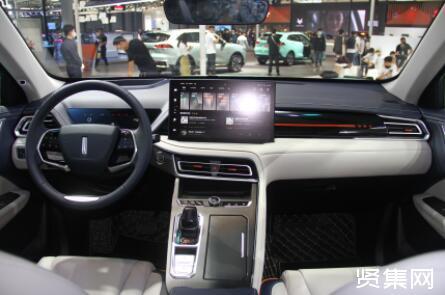 WEY玛奇朵正式上市,共推出3款车型,售价14.58-15.98万元