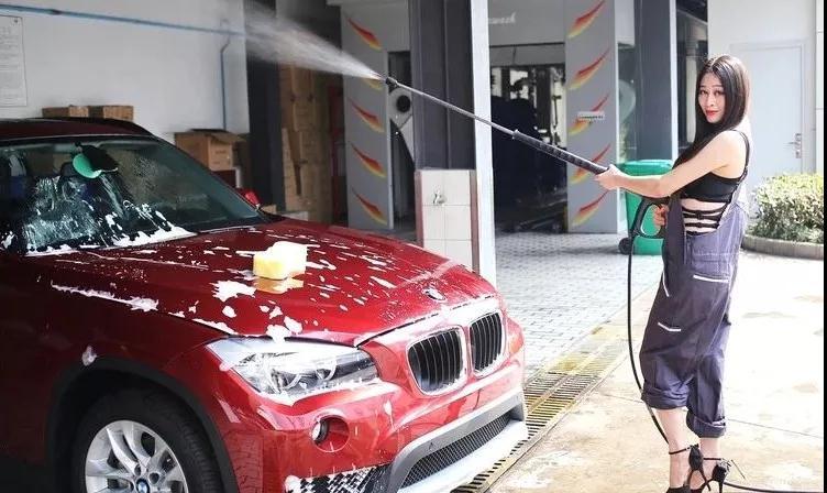 汽车的日常保养维修,新手女司机能做些什么