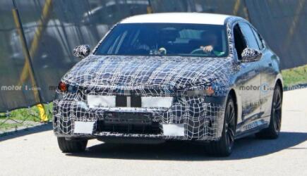 宝马新一代M5动力信息曝光,将推出搭载内燃机、插电式混合动力车型