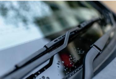 汽车玻璃龙头福耀玻璃——一家专注于汽车玻璃生产的汽车零部件供应商
