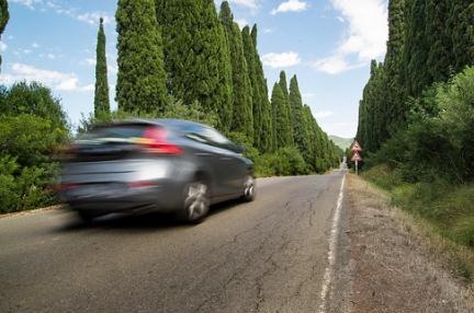 境外驾驶人培训内容、方法特点及启示