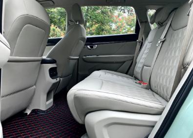 试驾五菱星辰:同价位里最精致、最实用的家用SUV