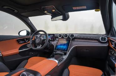 试驾全新奔驰C级:从车系代际的角度解读全新C级的意义