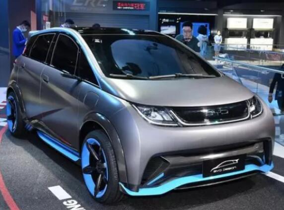 有颜更有料!十万元纯电车型,来看看比亚迪海豚怎么样