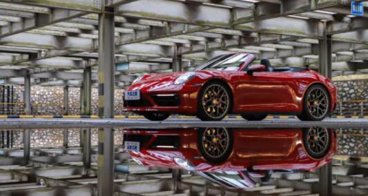 """3.0T 双涡轮、四驱、450 马力,顶级德国工艺,男人的""""梦想之车""""!"""