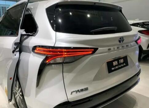 丰田新车长5180mm标配LED大灯,比GL8漂亮