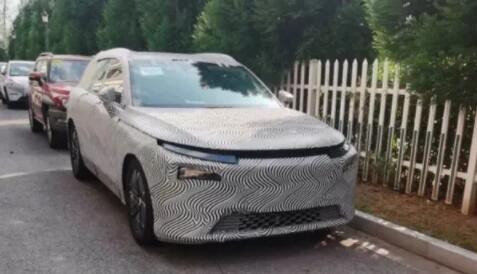 小鹏全新中大型SUV谍照曝光,或将成为理想ONE的最大对手